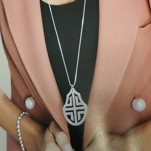 Preppy premier designs necklace